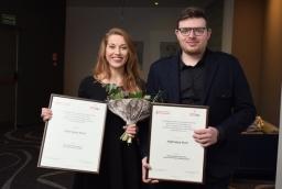 Katarzyna Palejko (MK Clinique) i Paweł Lepert (Paul Vadim Eyewear) – laureaci wyróżnienia Inspirujący Start  /fot.: mab /