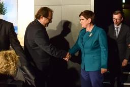 Premier Beata Szydło i minister Marek Gróbarczyk podczas otwarcia kongresu  /fot.: mab /