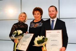 Karolina Lebiecka (FRIS Style Myślenia), Barbara Bartkowiak (Polska Fundacja Przesiębiorczości), Jakub Purol (Urban Form)  /fot.: ABES /