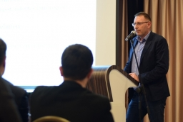 Dr Przemysław Jackowski opowiada o Centrach Usługowo-Doradczych Euroregionu Pomerania  /fot.: mab /