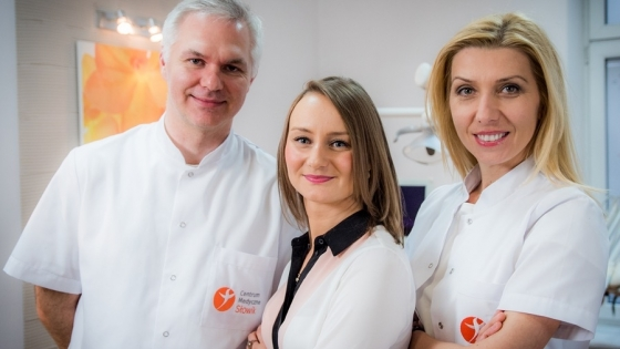 Mariusz Słowik, właściciel Centrum Medycznego Słowik, dr Katarzyna Kazojć, manager, dr Monika Drobek-Słowik, właścicielka