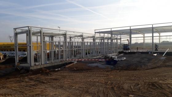 Budowa owej hali DHL Express w Przecławiu /fot.: SG /