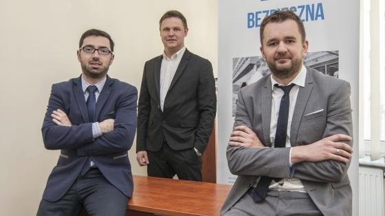 Założyciele FinPack (od lewej): Piotr Stempiński, Sławomir Rykalski i Michał Petters  /fot.: ak /