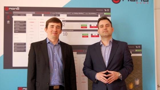 Wojciech Gawlik i Tomasz Kulczycki, właściciele firmy Mana Sp. z o,o. i autorzy gry Managame.pl /fot.: AK /