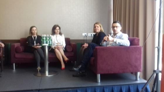 W dyskusji panelowej udział wzięli (od lewej): Anna Miśko z Home.pl, Edyta Hubska z Idea HR, Anna Mindykowska z Amazon i Wojciech Faszczewski z Coloplast Business Centre /fot.: ata /