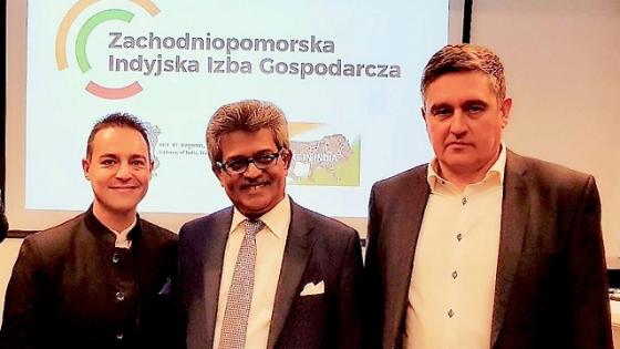 Na zdjęciu od lewej : prezes izby Mariusz Łuszczewski oraz wiceprezesi Amarendra Roy i Dariusz Staszewski /fot.: Mat. ZIIG /