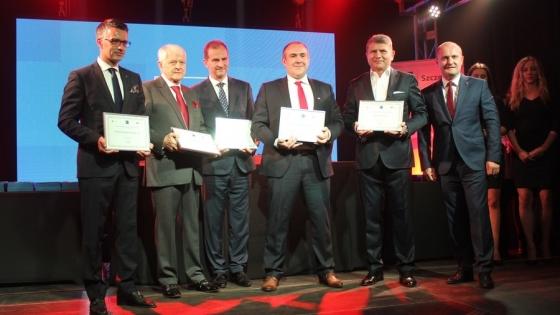 Wojciech Faszczewski (Coloplast), Henryk Adamus (Adamus S.A.), Wojciech Siuruś (P.B. Ciroko), Radosław Kochanowski (Kongsberg Marine Szczecin), Jerzy Szkwarek (CSV), prezydent Szczecina Piotr Krzystek