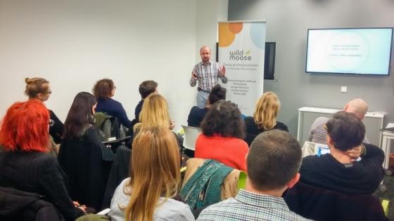 Szkolenie poświęcone marketingowi internetowemu. Prowadzi je współwłaściciel i główny analityk firmy – Adam Grabowski.