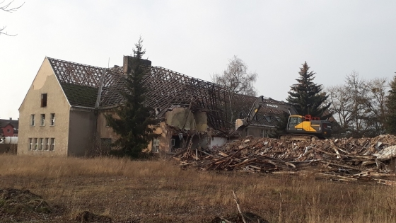Osiedle powstanie na terenie wyburzanej właśnie dawnej jednostki wojskowej przy ul. Cukrowej /fot.: mab /