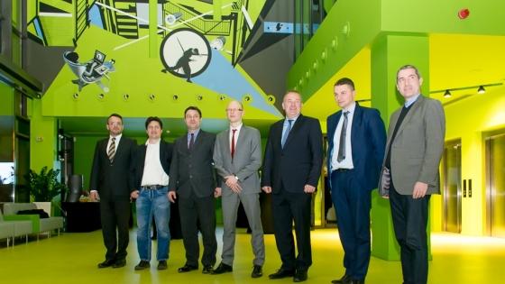 Od lewej: Adam Grendziak (Dom Gospodarki), Mario Gleichmann (IT Lagune), Krystian Stopa (Dom Gospodarki), Marcin Kaczmarek (Consileon), Ralf Pfoth (IHK Neubrandenburg), Rafał Malujda (Kancelaria Prawno-Patentowa Rafała Malujdy), Mario Kokowsky (DEN GmbH) /fot.: mab /