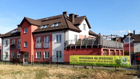 Spółdzielnia Mieszkaniowa Dąb zachęca do skorzystania z oferty 20/80 przy zakupie gotowych do zasiedlenia mieszkań na os. Dębowym w Warzymicach.