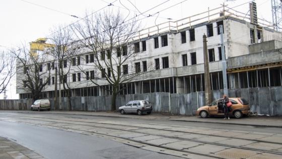 Hotel Vulcan buduje przy ul. Ludowej firma Rosiek & Sobczyński /fot.: ak /